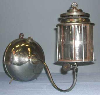akron106gbracketlamp