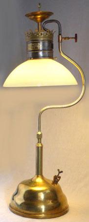 brilliantgaslampcotriumphlamprunningcarlsson