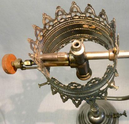 knightlightonemantlereadinglampburner1910carlsson