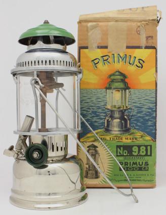 primus981andbox1939.JPG