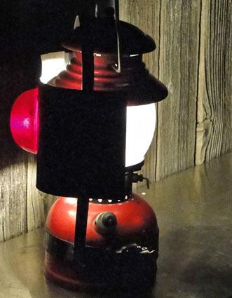 amish-buggy-reflector-200-a-running-boschen
