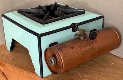 coleman-canada-385-stove-del-coro